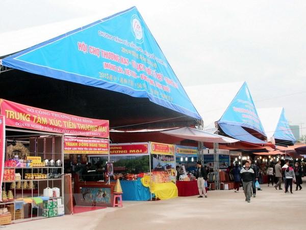 470 gian hang tham gia Hoi cho Thuong mai quoc te Viet-Trung 2015 hinh anh 1