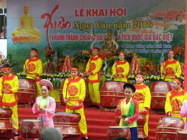 Khai hoi Xuan va khanh thanh chua Ngoa Van tai Quang Ninh hinh anh 1