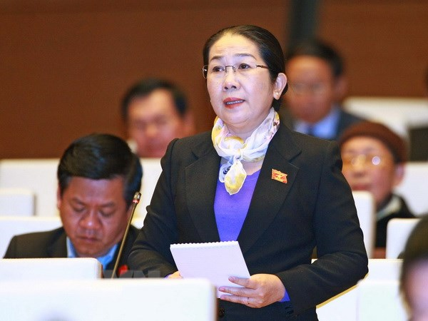 Bo Chinh tri chuan y ba vo Thi Dung lam Pho Bi thu Thanh uy TP.HCM hinh anh 1
