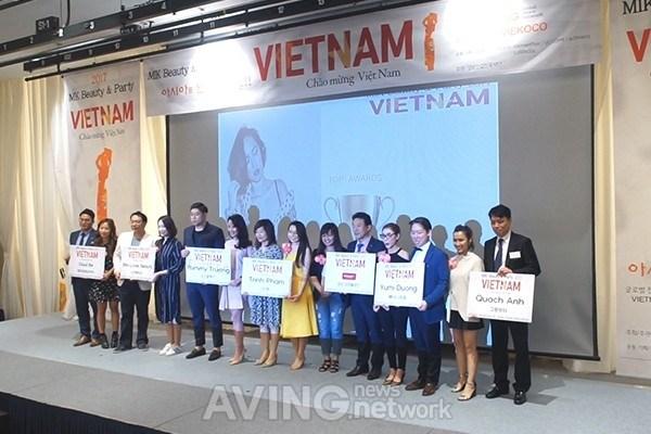 MIK Beauty & Party Vietnam: Kham pha nhung xu huong lam dep moi hinh anh 9