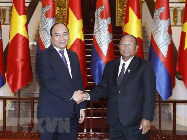 Thu tuong Nguyen Xuan Phuc tiep Chu tich Quoc hoi Campuchia hinh anh 1