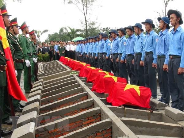 Truy dieu 106 hai cot liet sy, quan tinh nguyen hy sinh o Campuchia hinh anh 1
