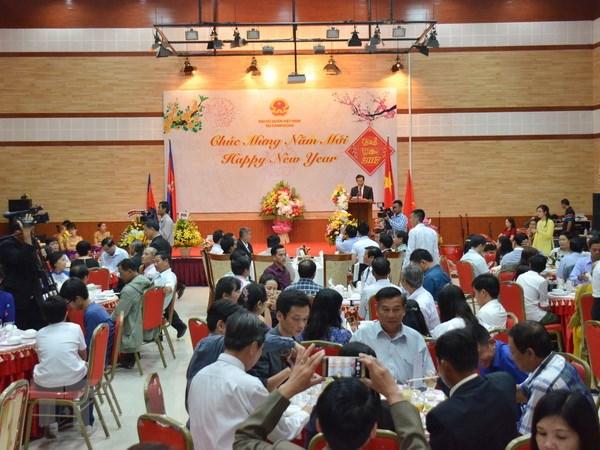 Mong muon Campuchia bao dam quyen loi cho nguoi Campuchia goc Viet hinh anh 1