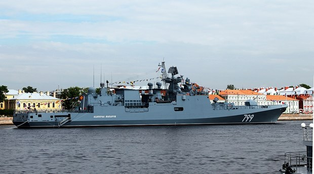 Ham doi Baltic cua Nga tap tran ban ten lua phong khong hinh anh 1