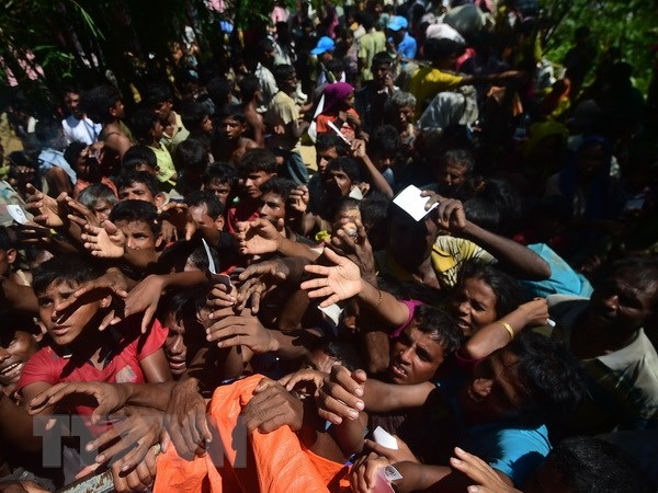 Nguoi Rohingya tiep tuc do ve Bangladesh sau thoa thuan hoi huong hinh anh 1