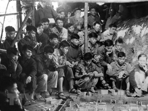 Tong tien cong Xuan 1968: Chien cong cua 11 co gai song Huong hinh anh 1
