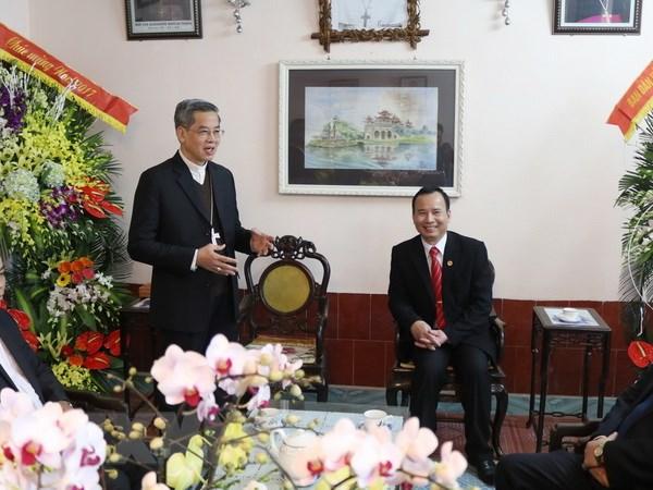 Lanh dao Ban Dan van TW chuc mung giao dan Nam Dinh, Ninh Binh hinh anh 1