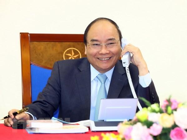 Thu tuong Nguyen Xuan Phuc dien dam voi Thu tuong Nhat Ban Shinzo Abe hinh anh 1