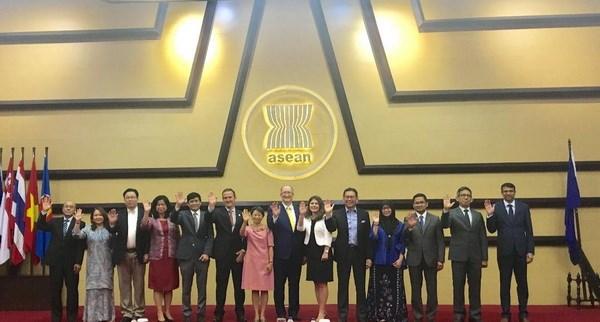 ASEAN-EU thuc day hop tac an ninh truyen thong va phi truyen thong hinh anh 2