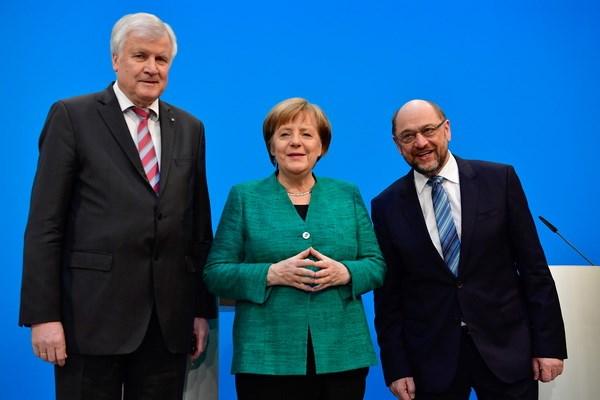 Duc: Ong Schulz lac quan ve kha nang thuyet phuc dang vien SPD hinh anh 1