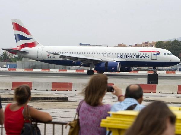 Tay Ban Nha de nghi cung Anh quan ly san bay Gibraltar thoi hau Brexit hinh anh 1