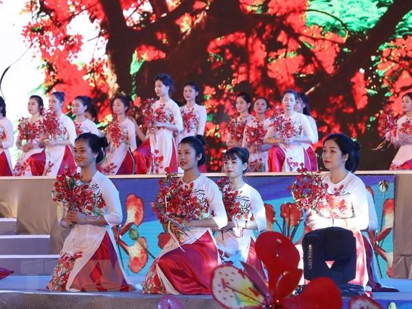 Khai mac Le hoi Hoa Phuong do - Hai Phong vuon ra bien lon hinh anh 1