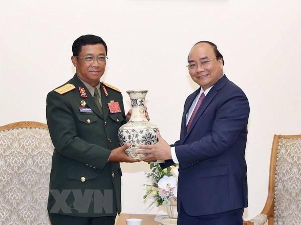 Thu tuong Nguyen Xuan Phuc tiep Tong Tham muu truong QDND Lao hinh anh 1