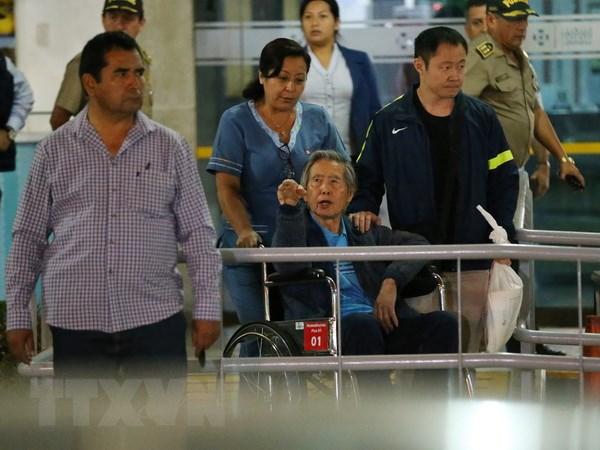 Peru cam cuu Tong thong Fujimorii xuat canh trong 4 thang hinh anh 1
