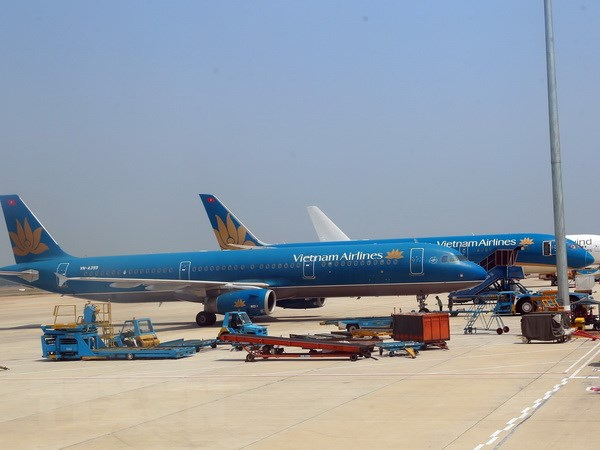 Vietnam Airlines noi gi ve viec phi cong dong loat xin thoi viec hinh anh 1