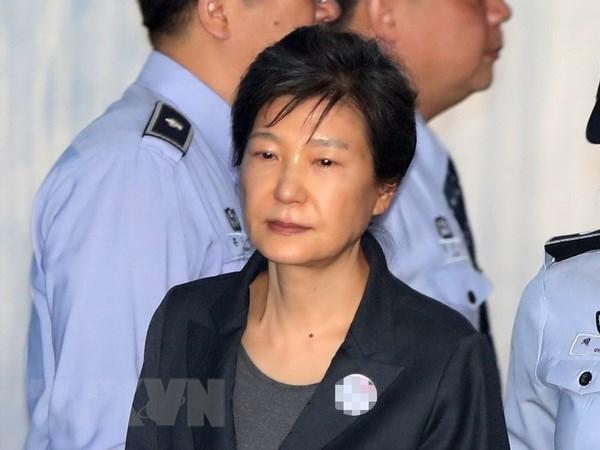 Cuu Tong thong Park Geun-hye bi yeu cau muc an 12 nam tu hinh anh 1