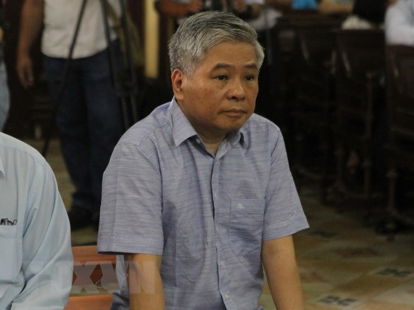 Nguyen Pho Thong doc Ngan hang Nha nuoc bi tuyen phat 3 nam tu hinh anh 1