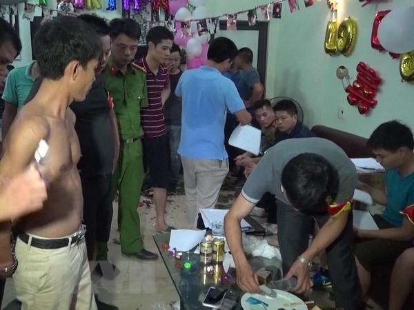 Thai Binh: Bat qua tang 50 doi tuong tu tap su dung ma tuy hinh anh 1