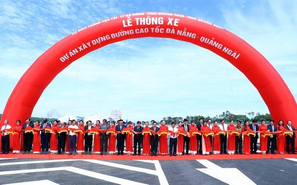 Thong xe Du an xay dung duong cao toc Da Nang-Quang Ngai hinh anh 1