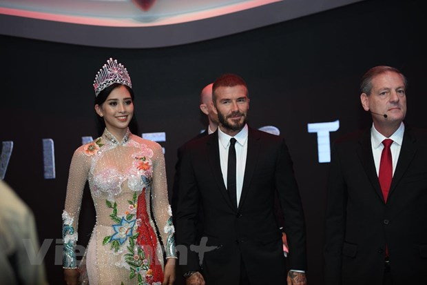 Video Beckham ra mat oto VinFast tai Paris Motor Show 2018 hinh anh 1