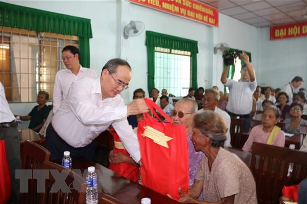 Ngay hoi Dai doan ket tai Tuyen Quang, Tra Vinh, Ha Nam hinh anh 2