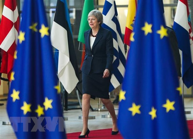 Chinh truong Anh tiep tuc chia re trong van de Brexit hinh anh 1