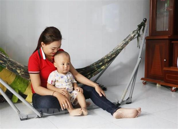 Vinh Long: Lam ro su viec be trai 19 thang tuoi bi bao mau tat hinh anh 1