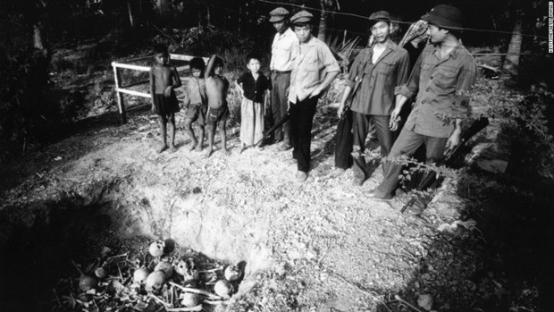 Ky uc kinh hoang ve su bao tan cua che do diet chung Pol Pot hinh anh 2