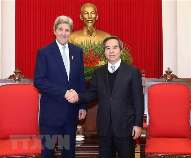 Truong ban Kinh te Trung uong tiep cuu Ngoai truong Hoa Ky John Kerry hinh anh 1