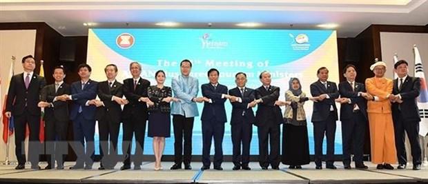 ASEAN tang cuong hop tac du lich voi Trung Quoc, Nhat Ban va Han Quoc hinh anh 1