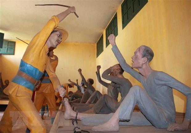 Nha day Buon Ma Thuot: 'Dia chi do' thu hut khach du lich hinh anh 5