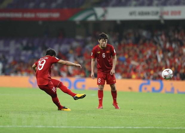 Fox Sports Asia xep Quang Hai vao top 5 tai nang 'can xuat ngoai' hinh anh 1