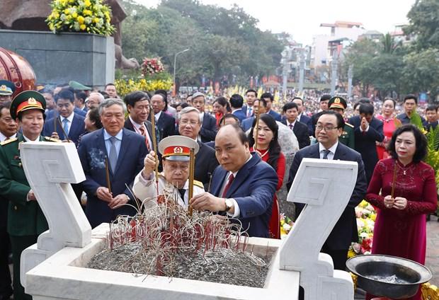 Thu tuong dang huong tai Le hoi 230 nam Chien thang Ngoc Hoi-Dong Da hinh anh 1