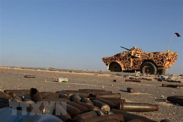 Libya: Quan doi mien Dong tan cong canh cao may bay dan su hinh anh 1