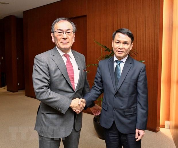 Thu tuong Nhat Ban Shinzo Abe tra loi phong van danh rieng cho TTXVN hinh anh 2