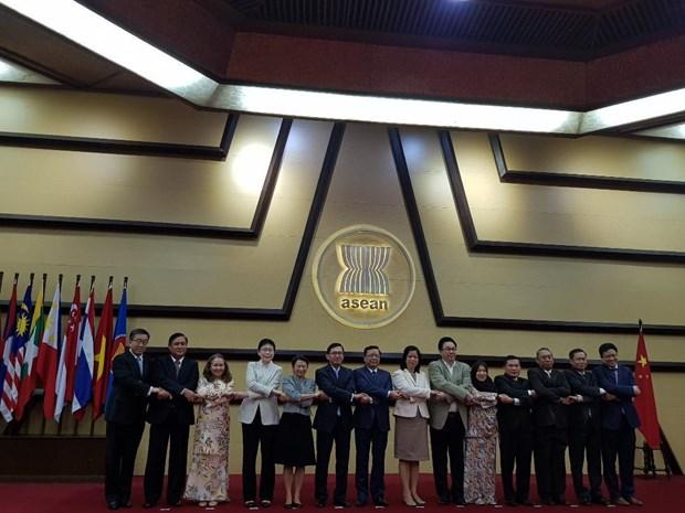 Hop tac ASEAN-Trung Quoc phat trien sau rong tren nhieu linh vuc hinh anh 1