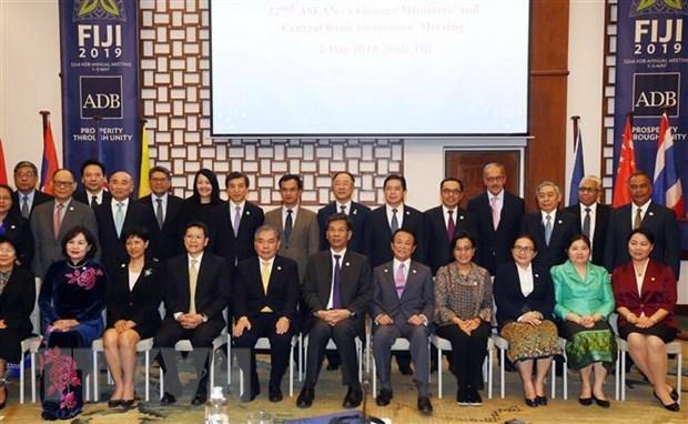 ASEAN+3 tim cach phoi hop ung pho voi khung hoang tai chinh hinh anh 1
