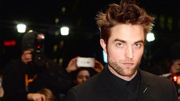 'Ma ca rong' Pattinson sap tro thanh Nguoi doi trong du an moi hinh anh 1