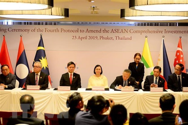 Trung Quoc, Nhat Ban, Han Quoc cam ket tiep tuc uu tien ung ho ASEAN hinh anh 1
