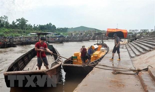 Quang Ninh: Mua lu khien mot nguoi mat tich, hang chuc do sat bi dam hinh anh 1