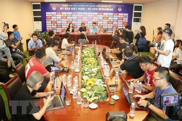 Hop bao truoc tran giao huu quoc te giua U23 Viet Nam va U23 Myanmar hinh anh 1
