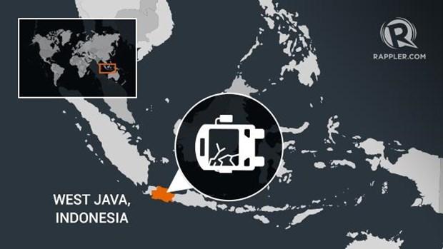 Indonesia: Hanh khach giang tay lai xe buyt lam 12 nguoi thiet mang hinh anh 1