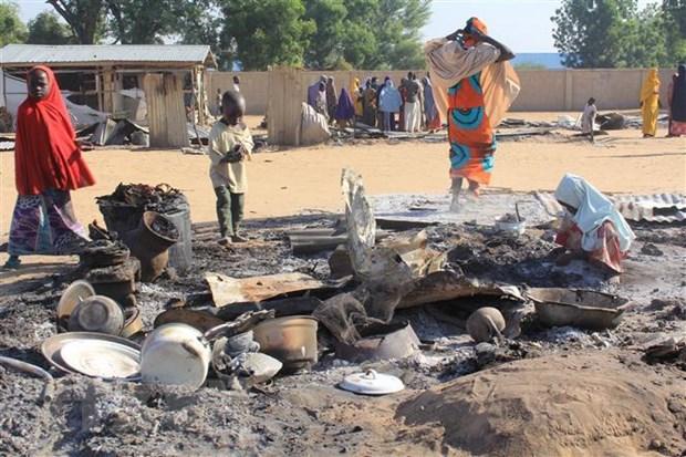 UNICEF len an viec su dung tre em de danh bom lieu chet tai Nigeria hinh anh 1