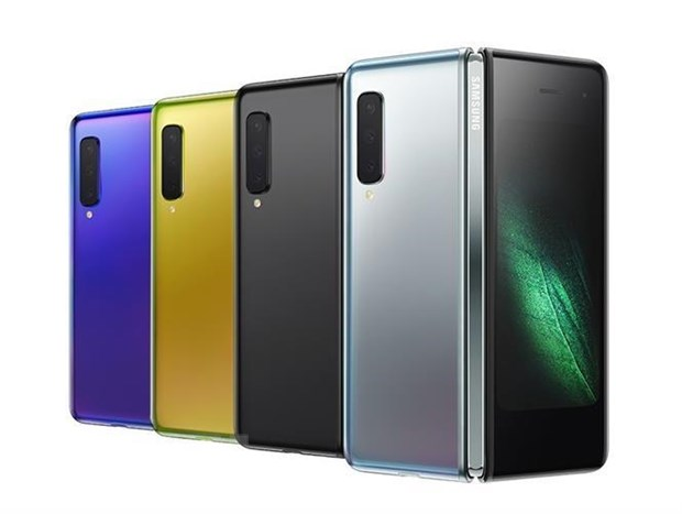Dien thoai gap Samsung Galaxy Fold se len ke vao thang 9 toi hinh anh 1