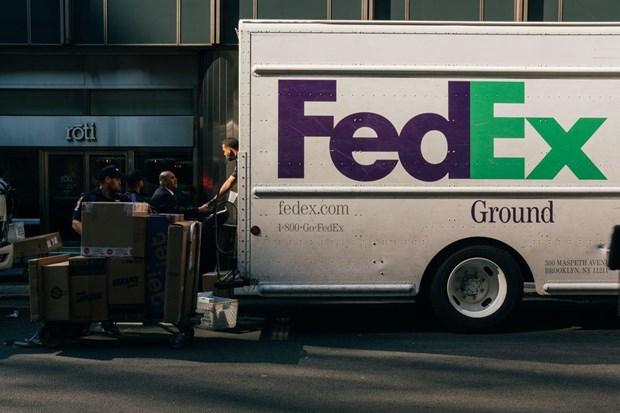 Phan ung cua FedEx trong vu chuyen nham buu kien cua Huawei hinh anh 1