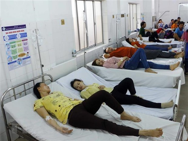 Khanh Hoa: Tim nguyen nhan 15 nguoi nghi bi ngo doc thuc pham hinh anh 1