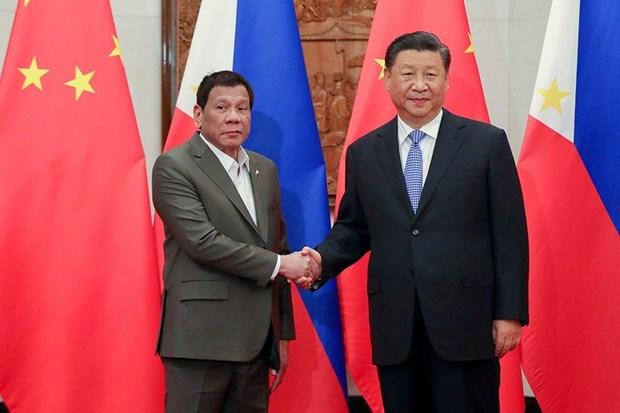 Chủ tịch Trung Quốc Tập Cận Bình và Tổng thống Philippines Rodrigo Duterte. Nguồn: news.abs-cbn.com