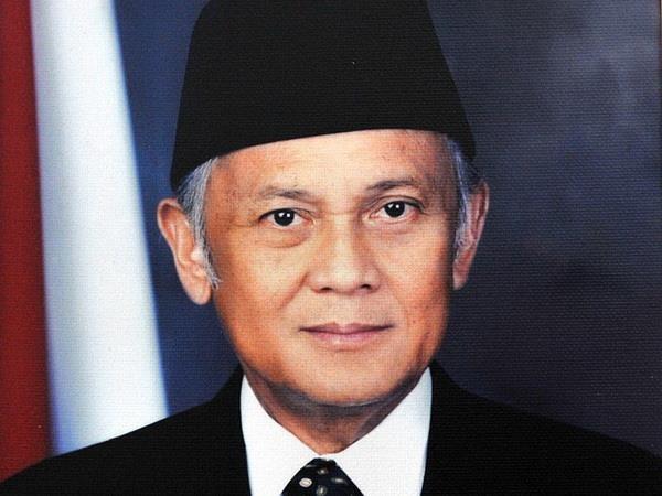Dien chia buon nguyen Tong thong Indonesia B.J. Habibie tu tran hinh anh 1