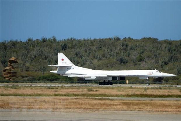 May bay nem bom chien luoc Tu-160 cua Nga tuan tra Bien Baltic hinh anh 1