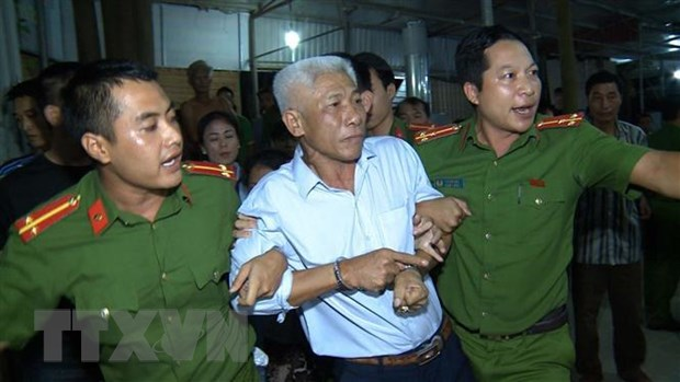 Khoi to doi tuong giang ho com can tai khu du lich bien Hai Tien hinh anh 1